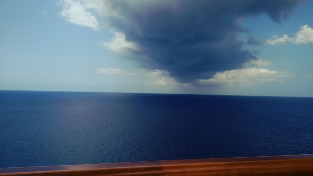 Chmura nad Oceanem